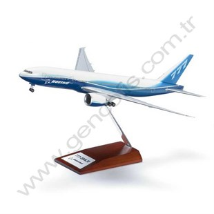 777-200LR  1/200 Scale Model Of The Popular Medıum
